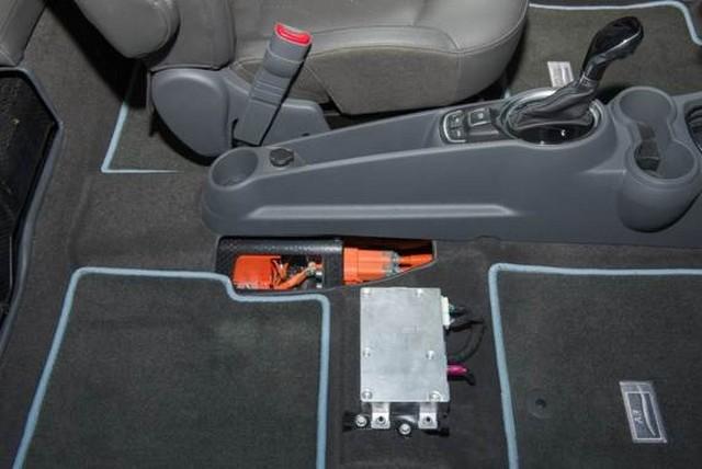 salon de Los Angeles 2012 : la Chevrolet Spark EV  605437ChevroletSparkEV13
