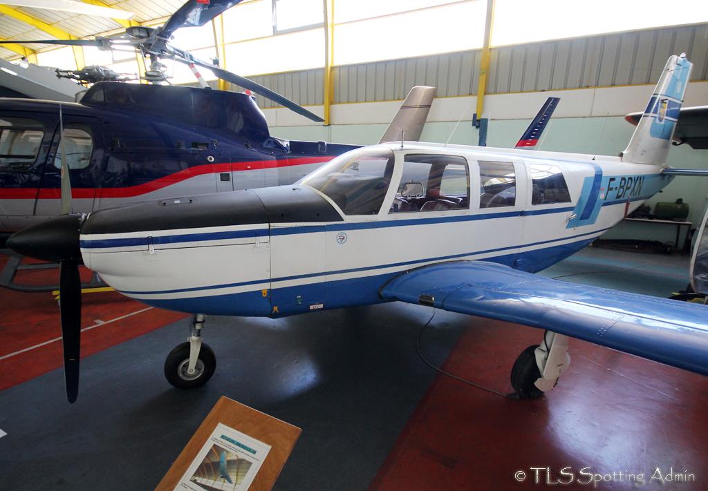 musée de l'aviation de st victoret - Page 2 614052SocataST60PrivateFBPXNStVictoretMuseum100513EPajaud