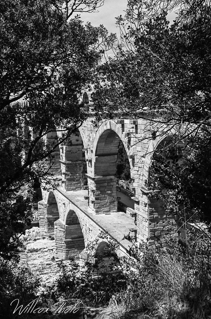 [ouvert] Les ponts anciens ou nouveaux 615202PontduGard2Modifier