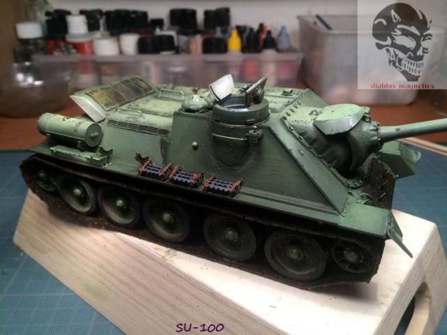 SU-100 marque Dragon 1/35 - Page 2 617829IMG3895