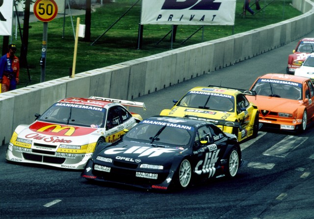AVD Oldtimer Grand Prix : Opel célèbre sa victoire au championnat ITC de 1996 avec une Calibra V6 620654OpelOldtimerGrandPrix21482