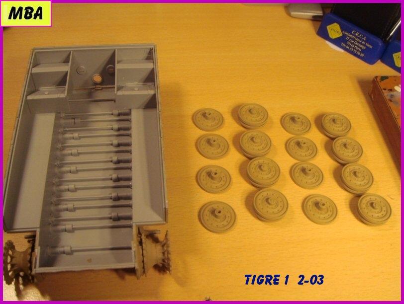Panzerkampfwagen VI Tiger au 1/35ème Dragon Zimmerit 624408tigre203