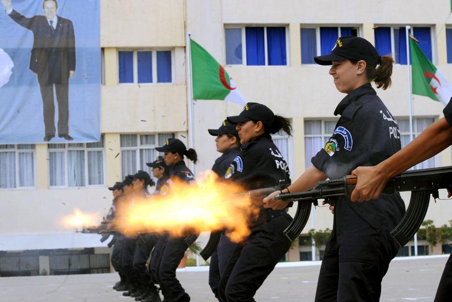 صور الشرطة الجزائرية............... 62823710093130981370