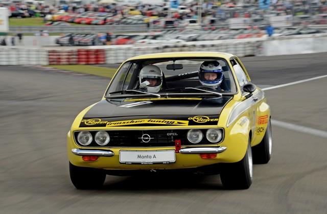 AVD Oldtimer Grand Prix : Opel célèbre sa victoire au championnat ITC de 1996 avec une Calibra V6 635573OpelOldtimerGrandPrix292453