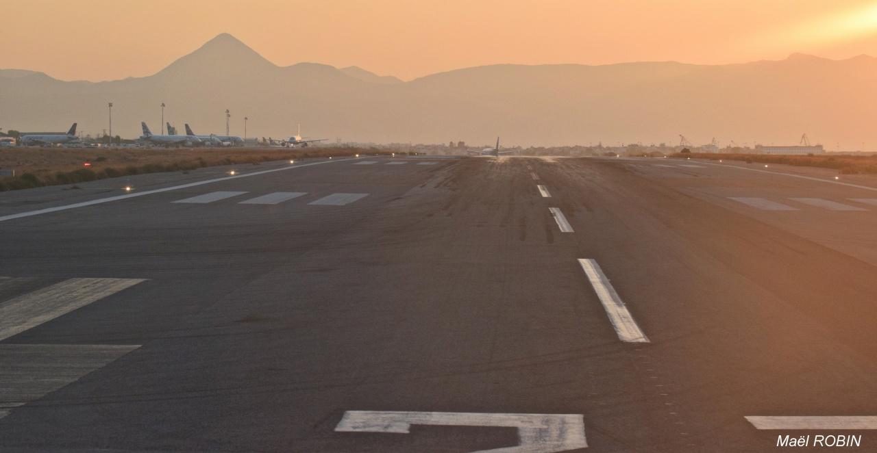 Heraklion International Airport (LGIR) Août 2016   638958DSC0638
