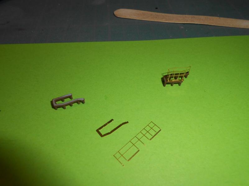 NAGATO Hasegawa 1/350- PE- Ponts en bois - Page 2 641921DSCN6540