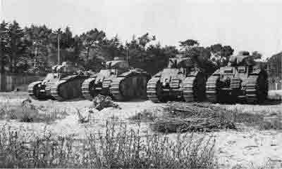 Que faire des canons après la guerre? - Page 3 642690Circusfieldtanks