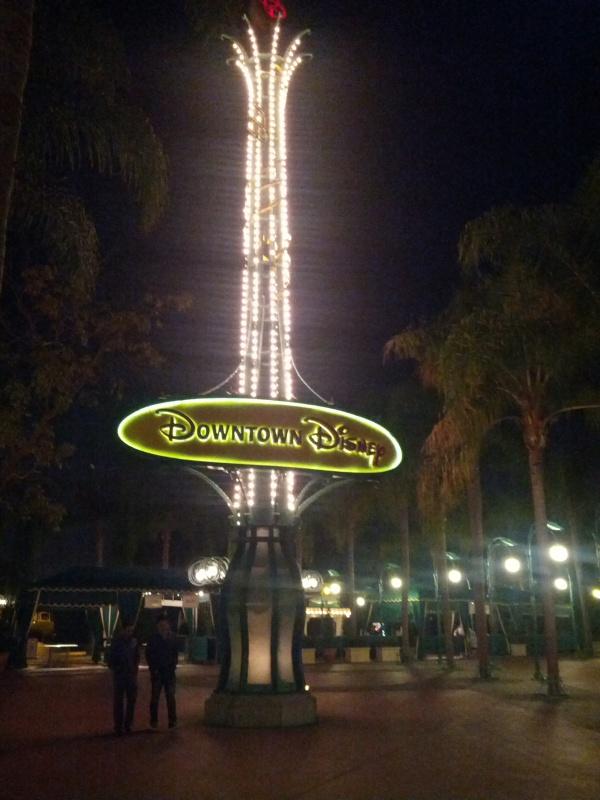 Disneyland Resort (Californie)et Universal Studio Hollywood du 29/10/2012 au 09/11/2012  642727f426561736