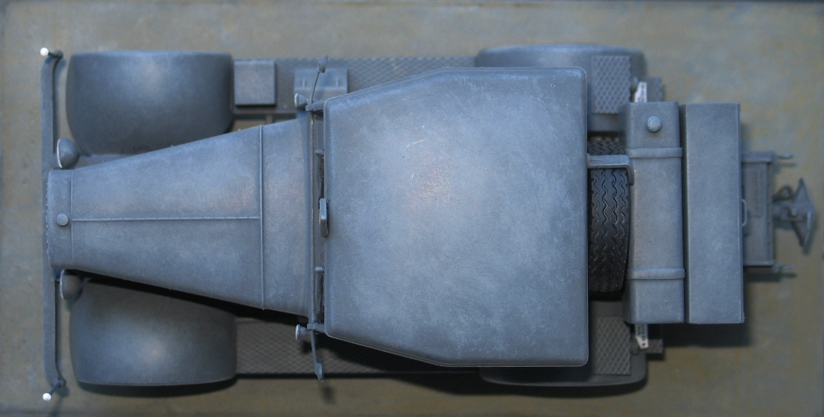 tracteur Hanomag SS 100  Takom 1/35 642996IMG0034