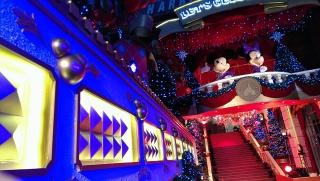 "(Hong Kong Disneyland) Disney's Sparkling Christmas 2013 + Programme ""Pump up Little Moments of Happiness"" 645936hk6"