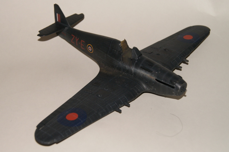 Hawker Hurricane IIC italeri 1/48 - Page 3 649651Hurricane39
