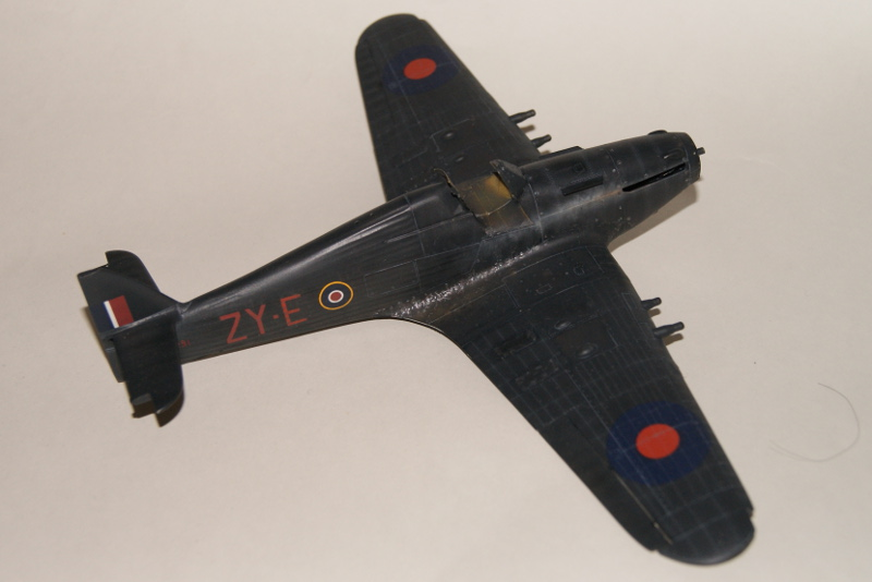 Hawker Hurricane IIC italeri 1/48 - Page 3 651322Hurricane38