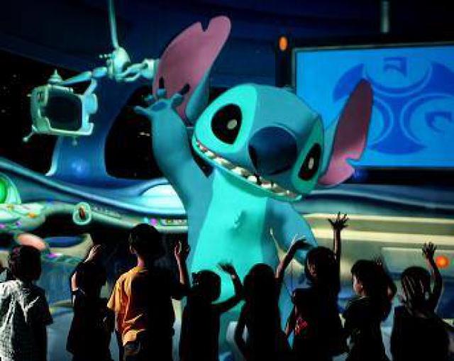 [Tokyo Disneyland] Nouvelle attraction : Stitch Encounter (17 juillet 2015) 651828ls1