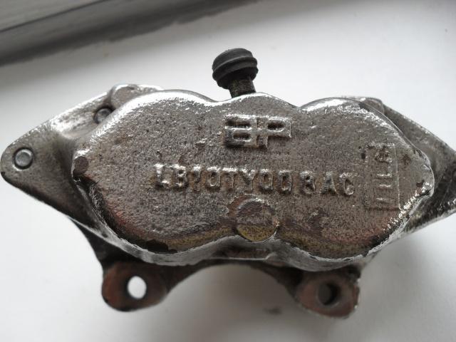 etrier 4 pistons 653806etrier36cote