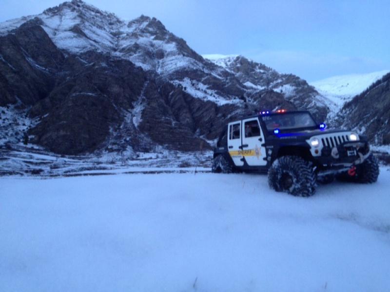 AXIAL SCX10 Jeep JK SHERIFF !! - Page 5 654010photo6