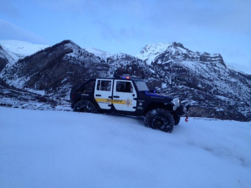 AXIAL SCX10 Jeep JK SHERIFF !! - Page 5 655104photo8