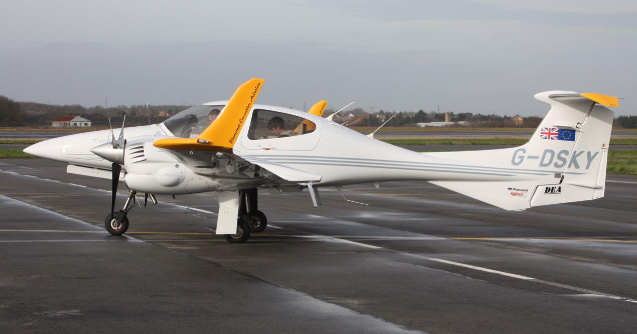 [BIZ JETS] L'Aviation d'Affaires de 2012... - Page 10 656321IMG2903