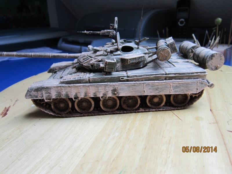 RUSSIAN T-80  [1/35° Lindberg] 659061IMG2346800x600