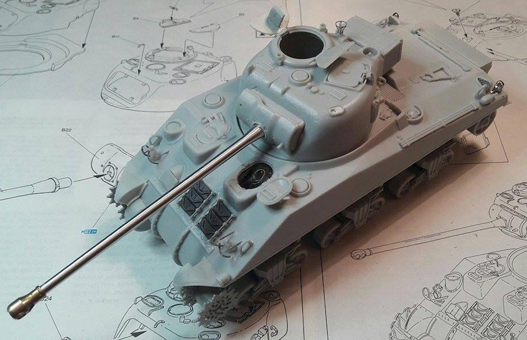 Sherman Vc Firefly - 1/35ème - kit Dragon #6031 Sherman Vc 'Firefly' 659137Etapes11a21