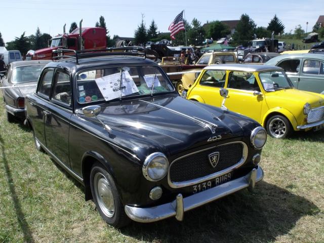 23e rassemblement de véhicules anciens et d'exception de Verna (38) - 2013 - Page 5 65923597Peugeot403