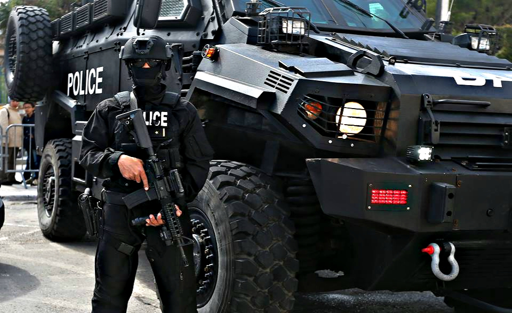 Armée Tunisienne / Tunisian Armed Forces / القوات المسلحة التونسية - Page 9 661340bat