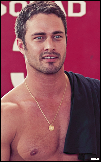 Ma petite galerie des horreurs - Page 11 661446TaylorKinney20