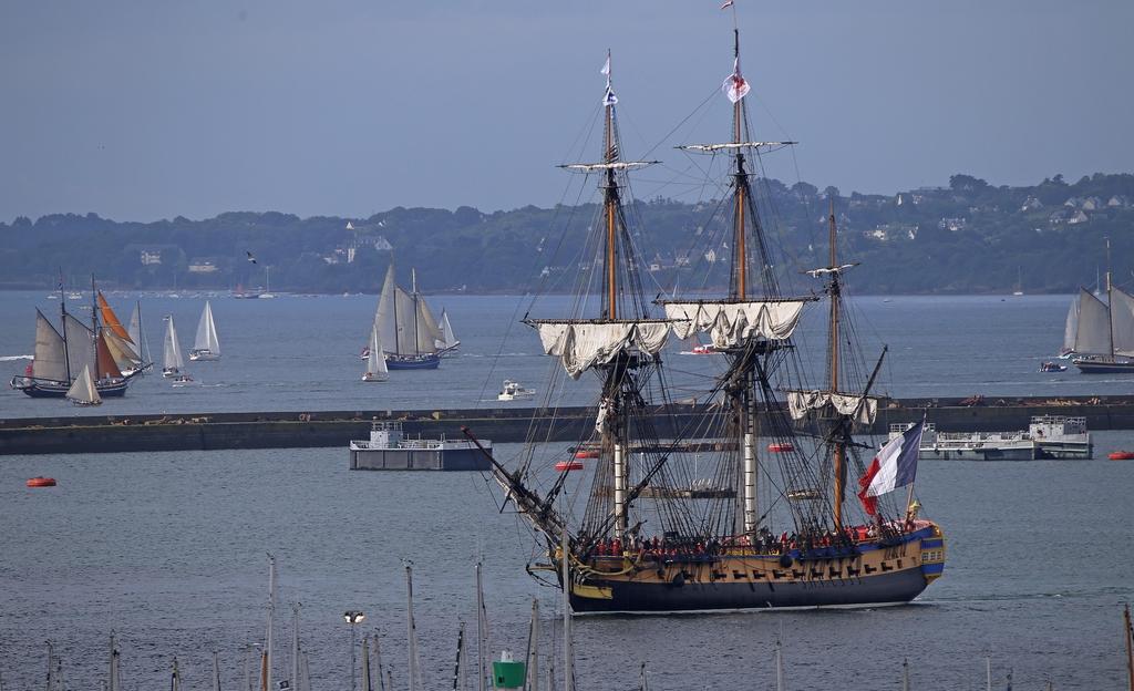 A l'occasion des Fêtes maritimes de Brest 2016 662699IMG554113072016100325