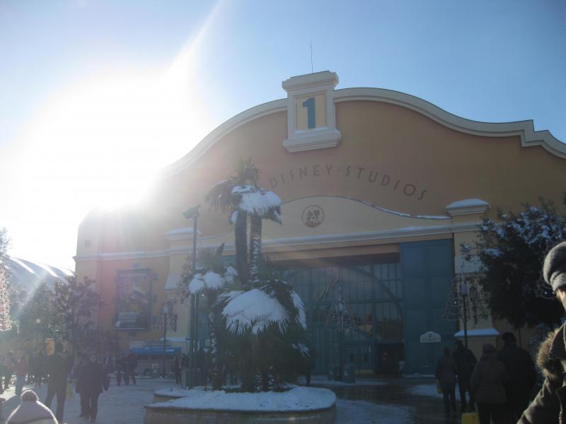 [Disneyland Paris] Disneyland Hotel - chambre Castle Club (8-10 décembre 2010) (début du TR p.9) - Page 9 662977IMG2216