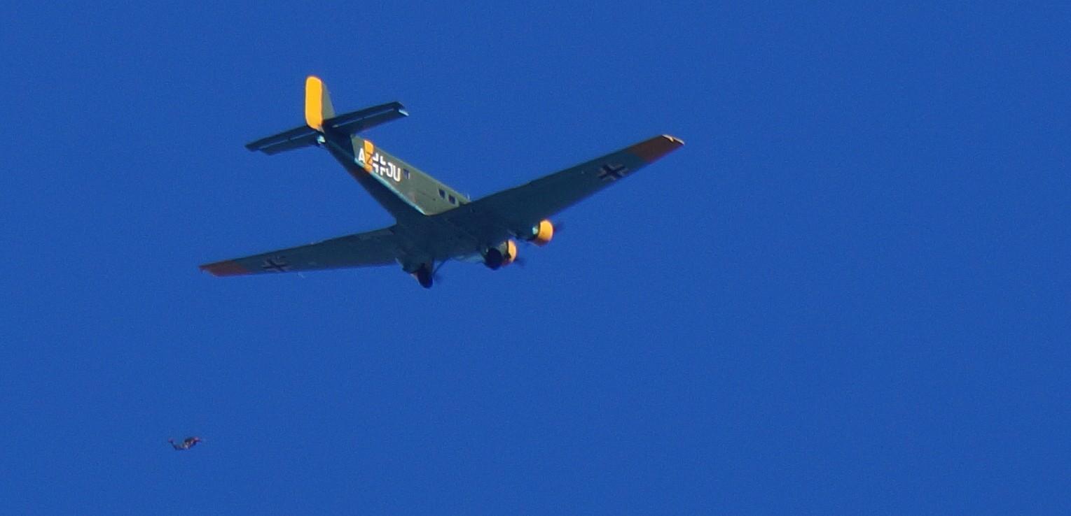 [Aéronavale divers] C'est quoi cet avion ? 664170avionallemand3