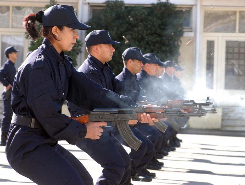 صور الشرطة الجزائرية............... 66727901511668