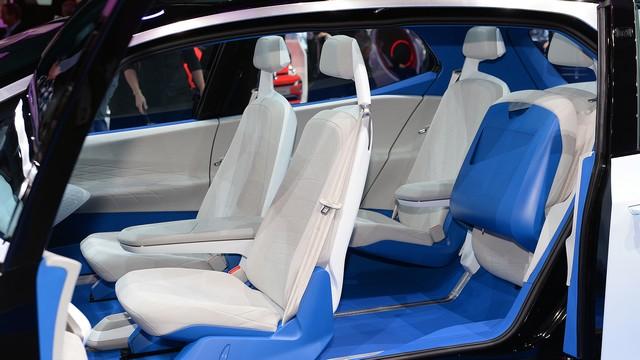 La première mondiale de l'I.D. lance le compte à rebours vers une nouvelle ère Volkswagen  66784212volkswagenidconceptparis1
