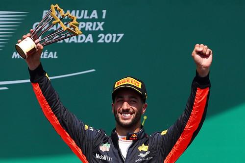 F1 GP du Canada 2017 : Victoire Lewis Hamilton 6692512017gpducanadaRicciardo