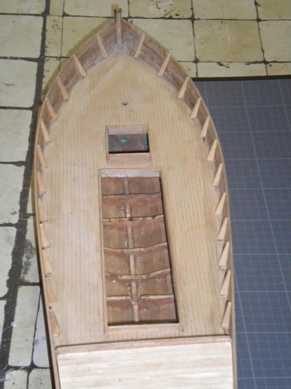 barque chalutiére au 1/20è d'après plans - Page 4 670930DSCN2207