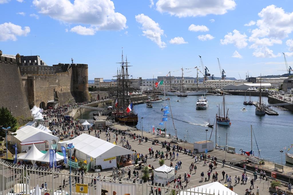 A l'occasion des Fêtes maritimes de Brest 2016 675627IMG559613072016155308
