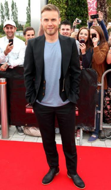 Gary arrive à l'audition de X Factor à Birmingham 1/06/11 6790002