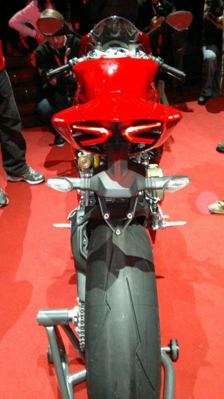 Le coin coin des Ducati - Page 21 67982331108510