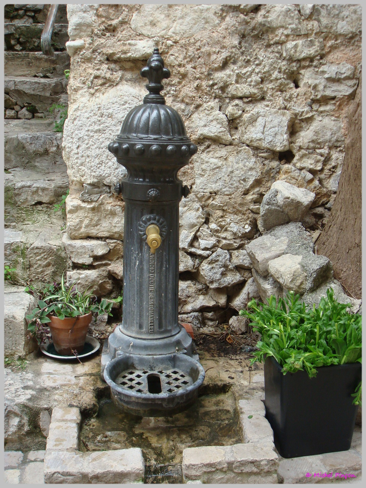 Fil ouvert- Fontaines - Page 6 680639DSC012087