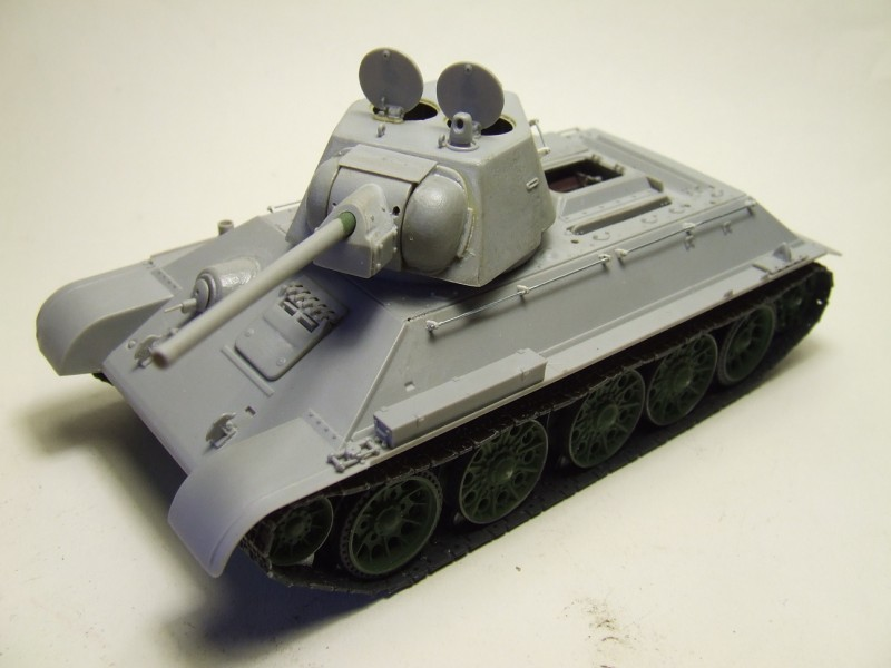 C'est reparti pour un T 34... 6823336617