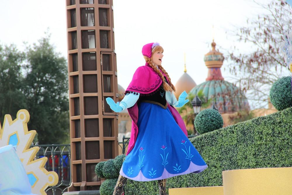 Vos photos avec les Personnages Disney - Page 3 683347IMG8157