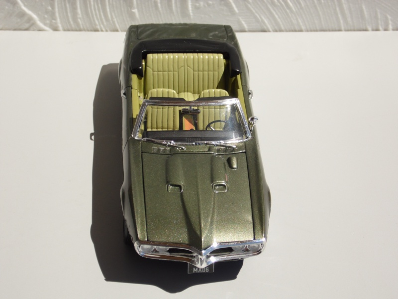 Pontiac Firebird 68 cab. (Fini)  - Page 2 684209SAM3983