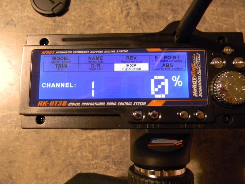 [Tuto] présentation radio à volant HK GT3B  686119DSCN0130