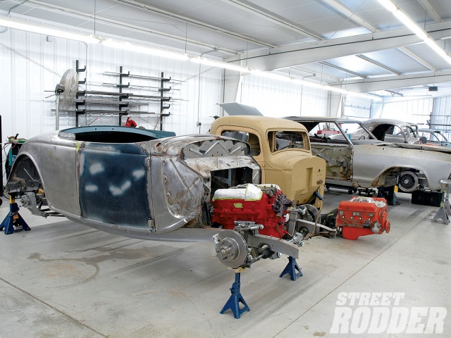 American life&spirit - Page 4 6900271007sr02o1940fordcoupesthehotrodgarage