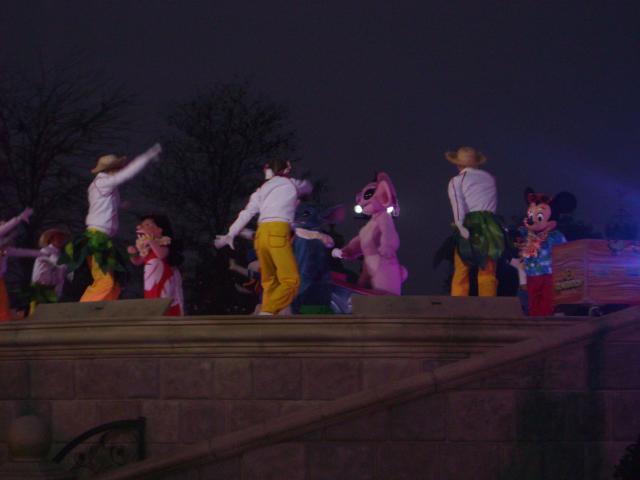 [Disneyland Paris] Premier séjour au DLH (31 janv.-2 fév. 2011) + un anniversaire inoubliable ! - Page 4 695442256
