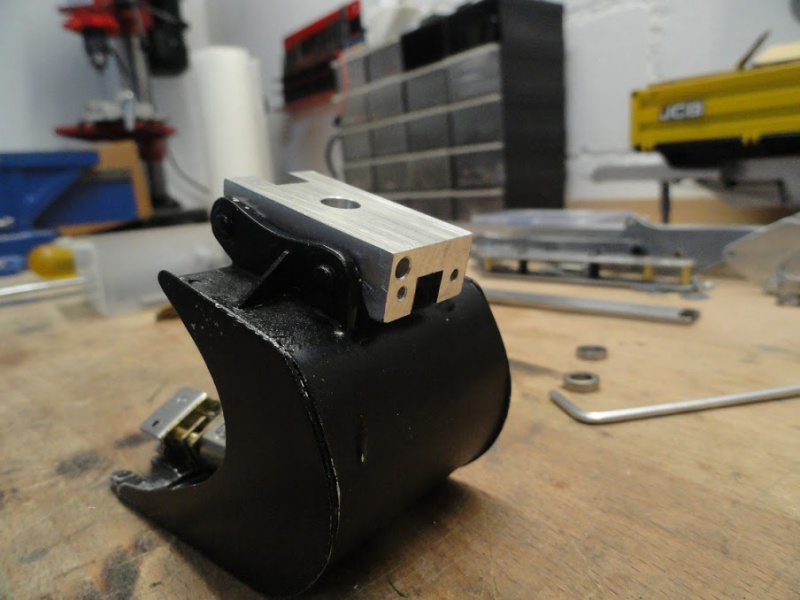 Construction d'un Tilt Rotator de type ENGCON 696121DSC09956