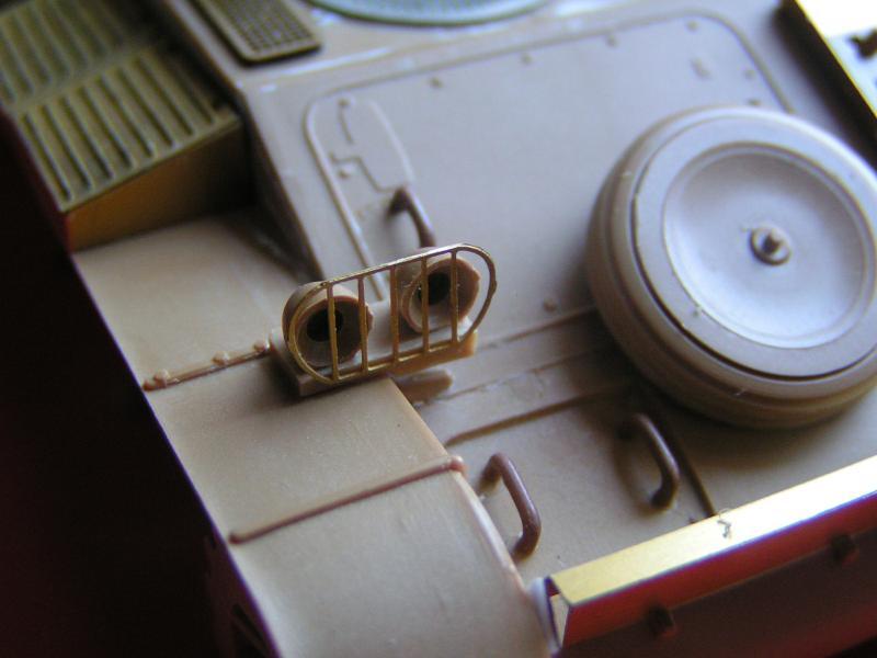 Conversion et détaillage de l'AMX 13/75 de HELLER au 35ème 696550PICT0026