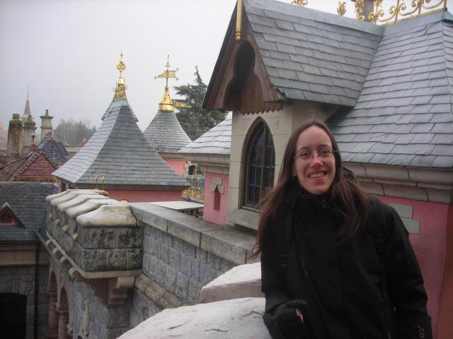[Disneyland Paris] Premier séjour au DLH (31 janv.-2 fév. 2011) + un anniversaire inoubliable ! - Page 2 70360220