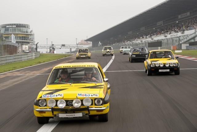 AVD Oldtimer Grand Prix : Opel célèbre sa victoire au championnat ITC de 1996 avec une Calibra V6 705565AstraTCR295593
