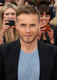 Gary arrive à l'audition de X Factor à Birmingham 1/06/11 707911MQ002