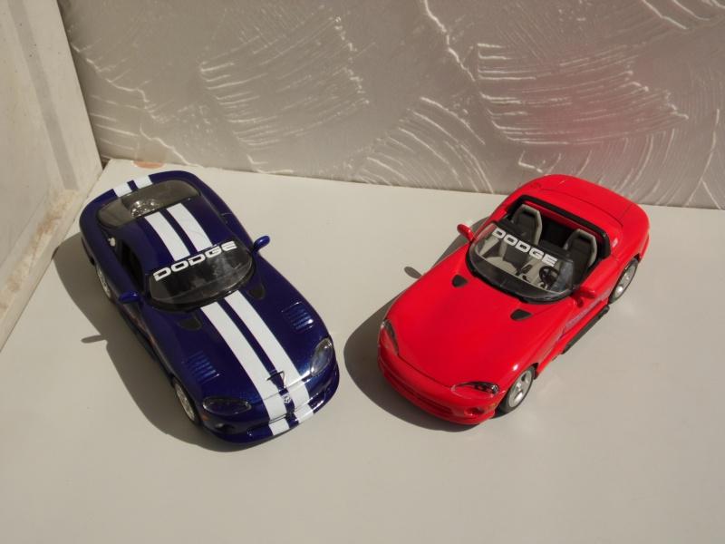 Dodge Viper RT10 et GTS. 714637SAM5041