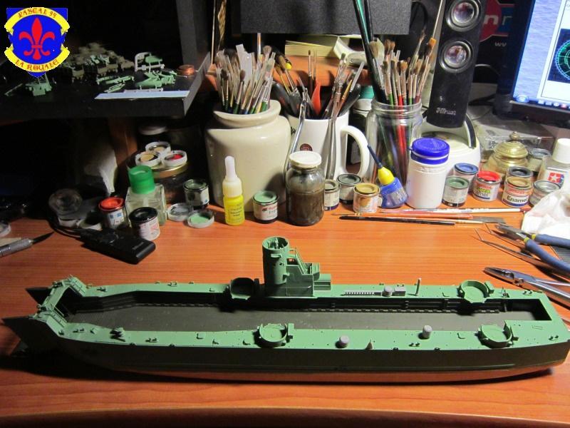 U.S. Navy Landing Ship Médium (Early) au 1/144 de Revell par Pascal 94 - Page 6 718898IMG42201